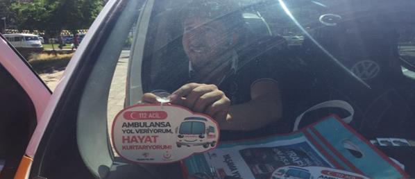 """""""YAŞAMA YOL VER"""" TAKSİ VE ÖĞRENCİ SERVİSLERİ İLE DEVAM EDİYOR"""