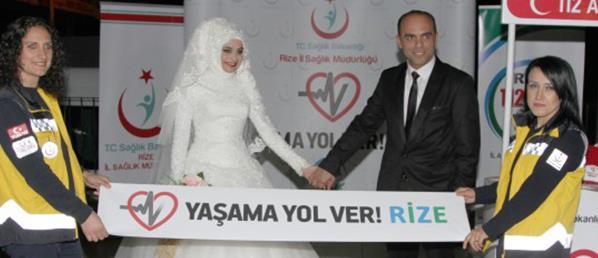 """DÜĞÜNLERİNDE """"YAŞAMA YOL VER"""" PROJESİNE DESTEK İSTEDİLER"""